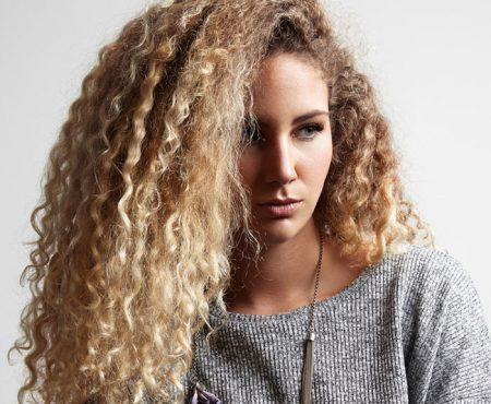 7 Tips Om Klitten In Je Haar Te Voorkomen