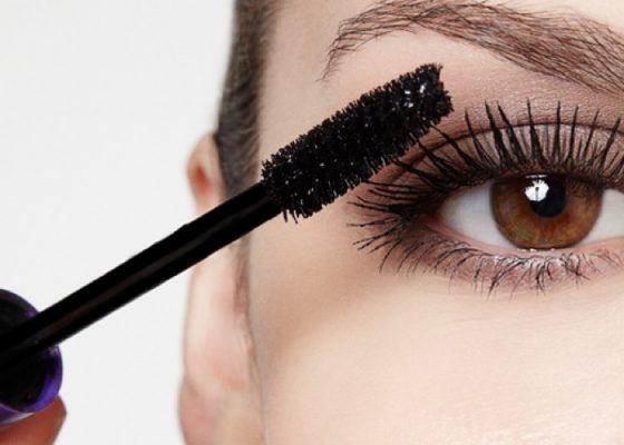 Dit Is Hoeveel Laagjes Mascara Je Eigenlijk Nodig Hebt